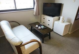 客室406号室(和洋室)ソファー