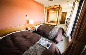 客室406号室(和洋室)ベッド